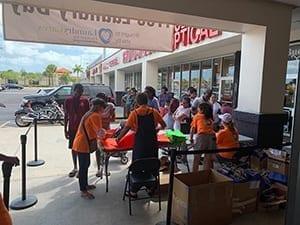 Free Laundry Day Miami Volunteers